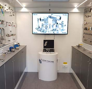 Få ett besök från vårt mobila showroom