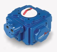 Pneumatisk aktuators med 4 stempler